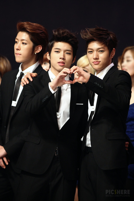 Infinite Kpop Myungsoo Myungwoo Couple Sungyeol Image 355021 On