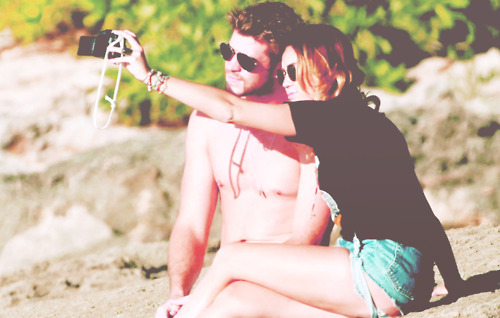 liam hemsworth, miam, miley and liam, miley cyrus
