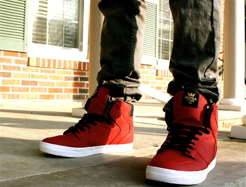 Image is loading Vision-Street-Wear-SUEDE-LO-RED-GUM-SNEAKERS