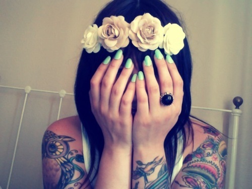 adorable, beautiful, black hair, blue, cute, flowers, girl, hair, lovely, model, nails polish, owl, photography, pretty, roses, style, tattoo, vintage
