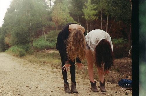 alternative, blonde, boots, brunette, cute, friends, girl, hair, indie