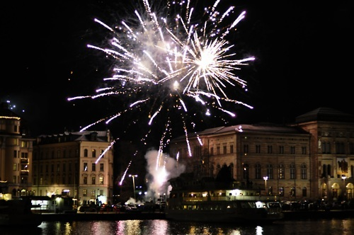 awesome, baboom, celebration, colours, dark, firework, fireworks, glitter, lights, night, nightlife, party, reblog, sea, sparkles, sparkling, stockholm, violabla