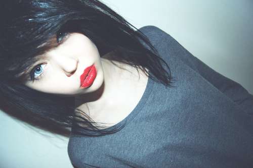 baby face, blue eyes, red lips, scene