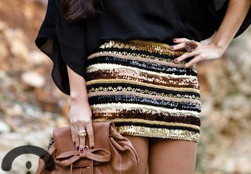bag, fashion, girl, gold, pretty, sequin, skirt, styles, First Set on Favim.com