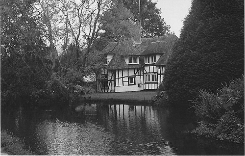 b&w, black & white, black and white, cute, house, landscape, nature, photo, photography, place