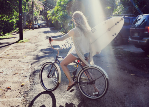 beach, bicicle, bike, contrast, cool, girls, hawaian, hawaii, hawaiian, photography, pretty, ray, ride, soul surfer, street, sun ray, surfer, surfing