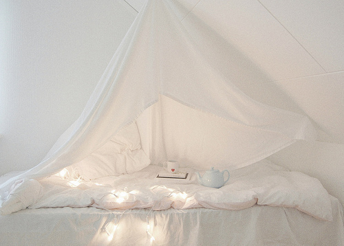 beautiful, bed, bed room, bedroom, color, colorful, light, pretty, room, white, fairylights, fairy lights, decoration, inspire, fairylight, photography, interior, rooms, interior design, colors, comfy, inspiring, lights, lovely, fairy light, deco