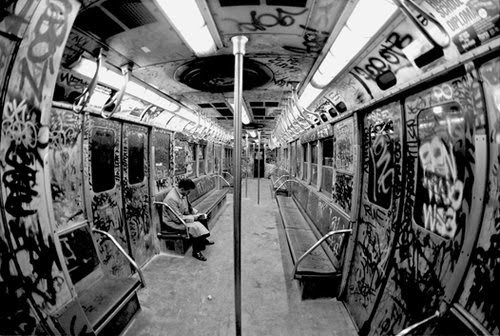 Black and white cool fish eye graffiti metro image for Fish tag nyc