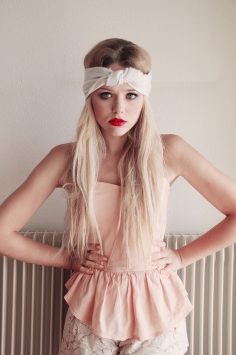 blonde, fashion, girl, hair, hair band, lipstick, long hair, love, makeup, photography, pretty, skinny, tanned, top