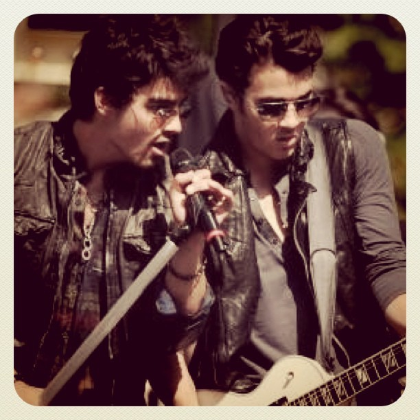 boy, brothers, guitar, hot, joe jonas