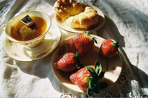 brekfast, strawberries, tes