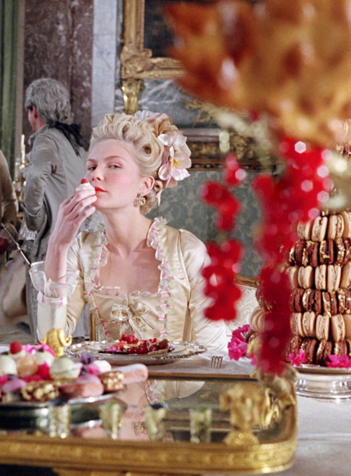 candy, kirsten dunst, marie antoinette, movie, sofia coppola