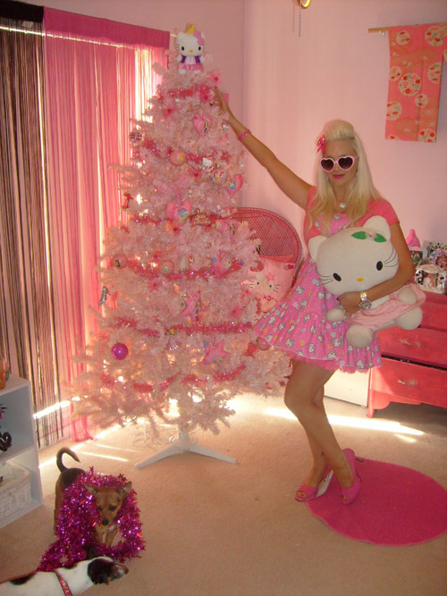 christmas, christmas decorations, christmas tree, dogs, fashion, garland, hello kitty, pink, pink christmas tree, rose, stuffed animal, style