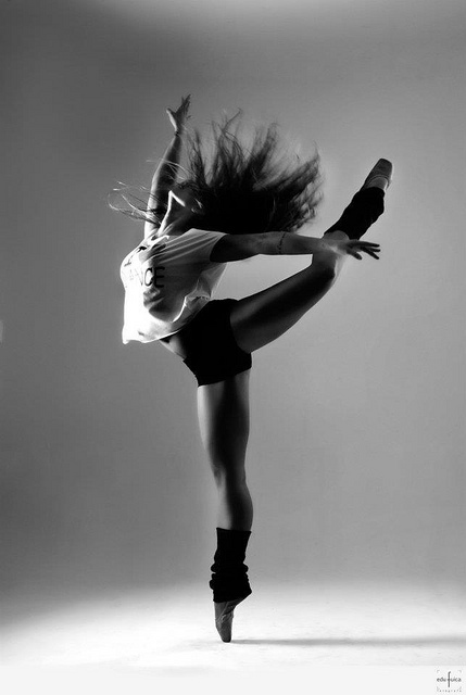 jazzdance  black and white  dance  dancer  dancing  girl  pointes    Jazz Dance Pictures Tumblr