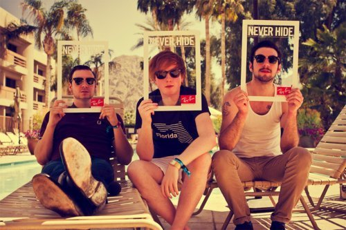 adorable, amazing, beautiful, boy, boys, cute, fashion, friends, guy, guys, hair, image, male, menino, perfect, photo, photography, style, sunglasses, tdcc, two door cinema club, two doors cinema club