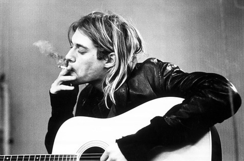 alargador, anchor, black and white, bmx, boy, cute, eyes, fashion, gauges, girl, guy, hair, he is my hero, kurt cobain, kurt donald cobain, my hero, my kurt, nirvana, photo, piercing, skate, swag, tattoo, vintage