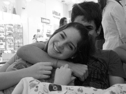 amor, black and white, boy, couple, cute, friends, girl, hug, love, pretty, smile