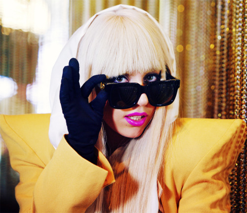 art, blond, fashion, gaga, lady gaga, lipstick, pink, sexy, vintage, yellow
