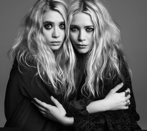 Ashley Olsen Beautiful Black And White Mary Kate Image 400485 On