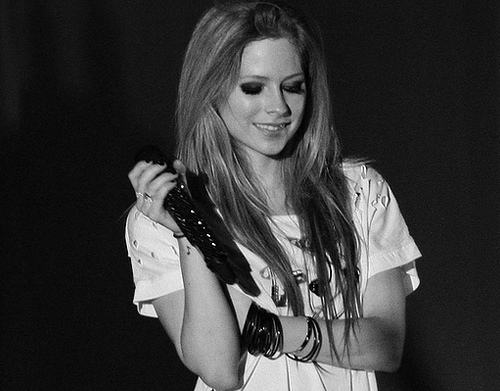 avril, avril lavigne, beautiful, black and white, cute