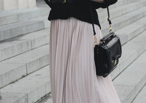 bag, classy, elegant, fashion, pleated skirt