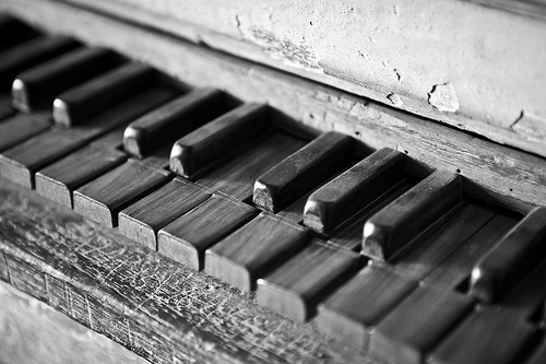 b&w, beautiful, black & white, black and white, cute, old, photo, photography, piano, vintage