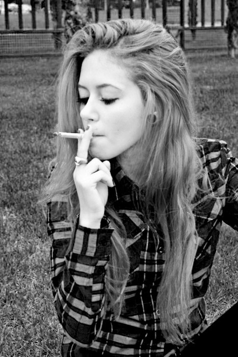 b&w, black & white, black and white, blonde, cigarette