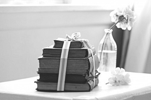 b&w, black & white, black and white, book, books
