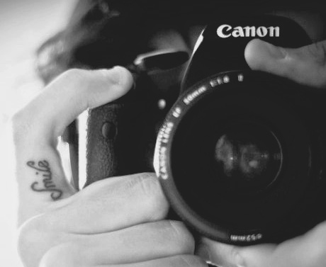 b&w, black and white, camera, canon, finger, fingers, hand, hands, photographer, photography, smile, smile tattoo, tattoo, tattooed