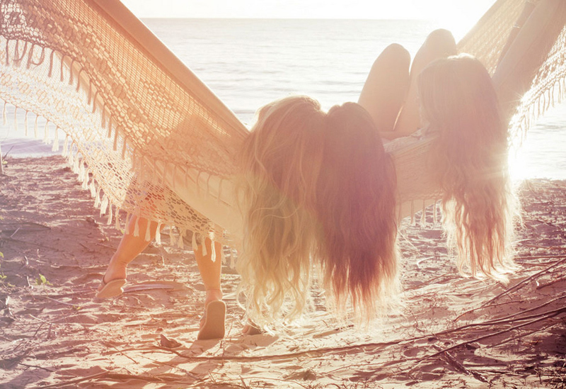 beach, friends, girls , hair, hairs
