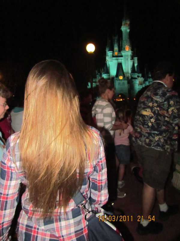beatriz hudson, beautiful, blonde, chess, cute, disney world, girl, hair, photography, pretty