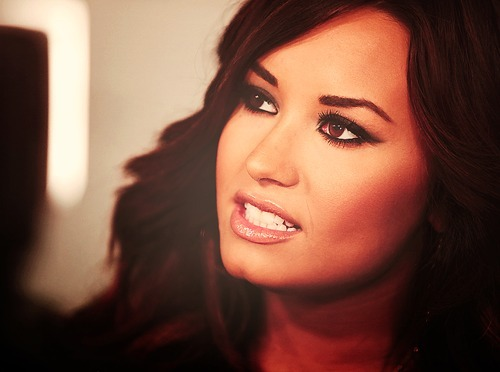 beautiful, body, demi lovato, diva, eyes, face, hair, hellyesdemi, hot, lips, make up, nose, perfect, perfection, pretty, sexy, stay strong, unbroken