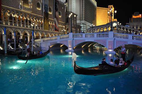 beautiful, city, cute, lake, las vegas, photo, photograph, photography, pool, romance, romantic, veneza, water