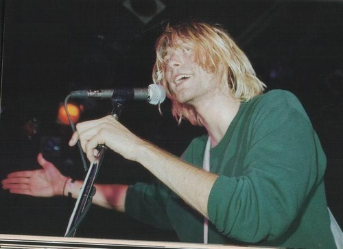 beautiful, death, fun, green, handsome, hot, kurt, kurt cobain, life, nirvana, smile