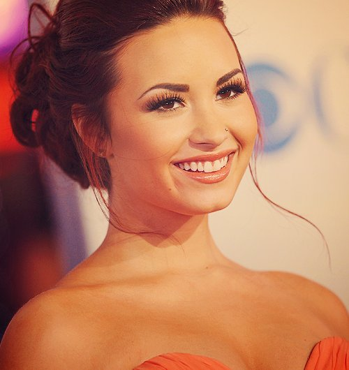 beautiful girl, body, demi lovato, eyes, face, hair, hellyesdemi, hot, lips, make up, nose, perfect, perfection, sexy, stay strong, unbroken