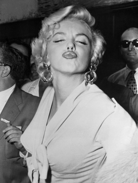 beautiful, kiss, marilyn monroe, sexy