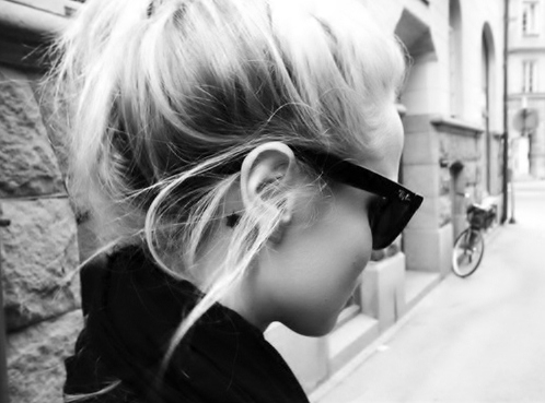 bike, fashion, girl, glasses, hair, love, ray ban, star, tatto, town