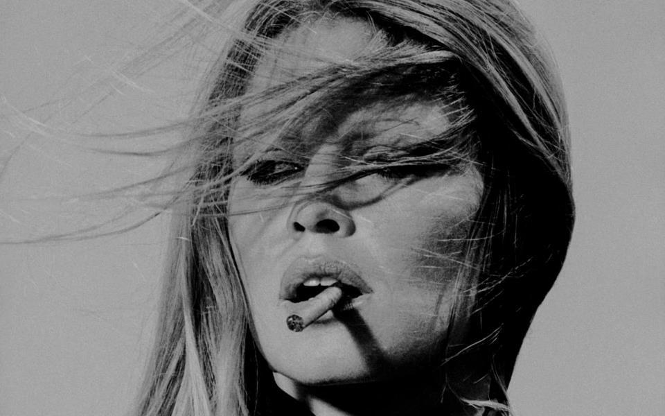 black and white, brigitte bardot, cigarette