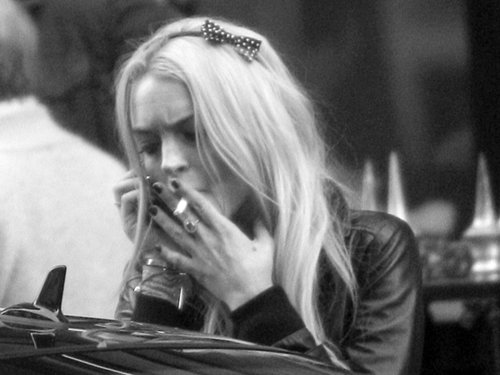 blonde, cigarette, girl, lindsay lohan, pretty, smoke