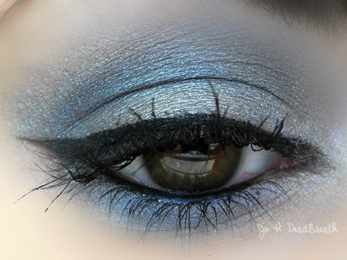 blue, eyeliner, eyes, eyeshadows, fashion