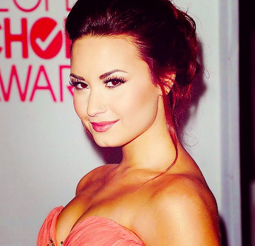 body, demi lovato, eyes, face, hair