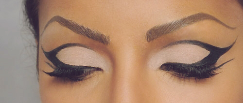 cat eyes, chic, eyeliner, eyes, fashion