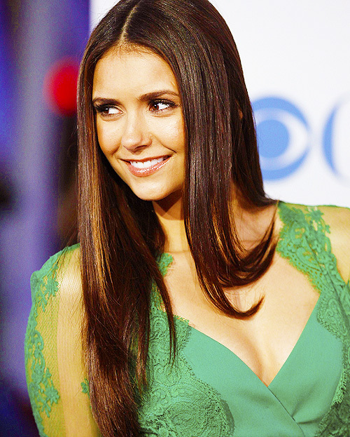 cute, famous, nina dobrev, smile, tvd