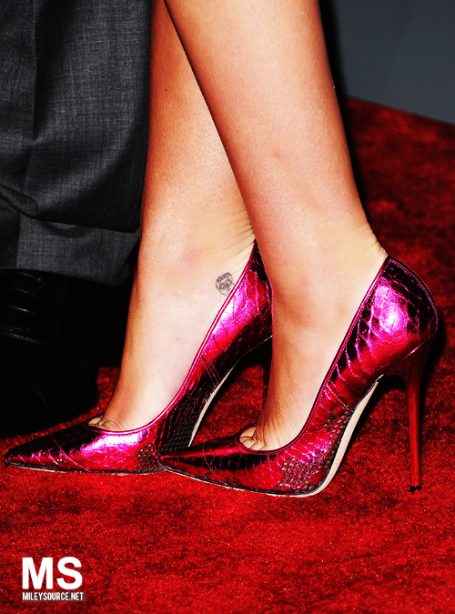 cyrus, fashion, heels, high heels, miley, pink, shoes, tattoo