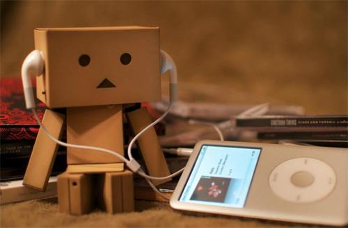 danboo, ipod, listen to music, music
