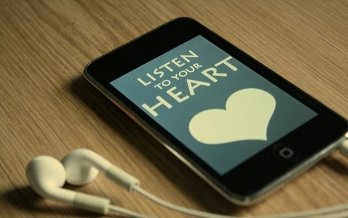 ipod, listen to your heart, love