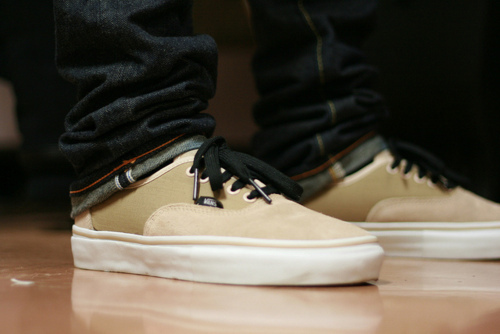 vans off the wall shoes white