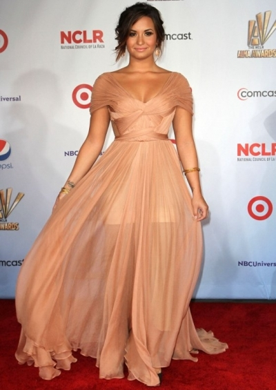 alma awards, demi lovato, grecian dress, prom