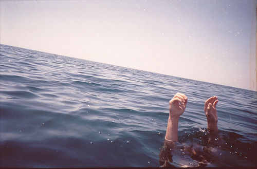 analog, beautiful, grain, hands, hipster, indie, occean, perfect, sea, water