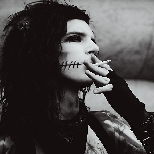 andy, andy biersack, biersack, black, black and white, black veil brides, black&white, bvb, cigarette, eyes, hot, make up, sexy, white